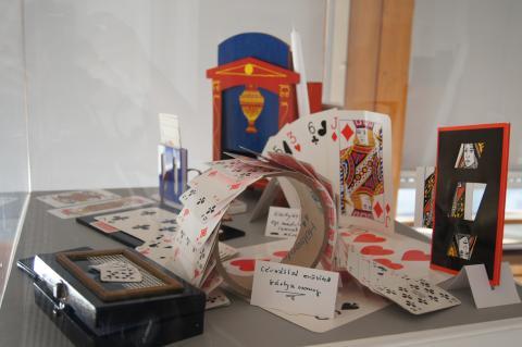 Rodolfo 100 kiállítás bűvészkártyák