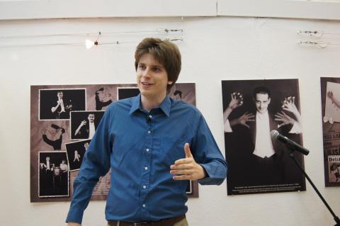 Rodolfo 100 kiállítás megnyitó műsor - Kelle Botond