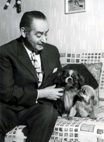 Rodolfo kutyáival