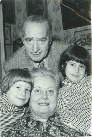 Rodolfo Olgával és unokákkal